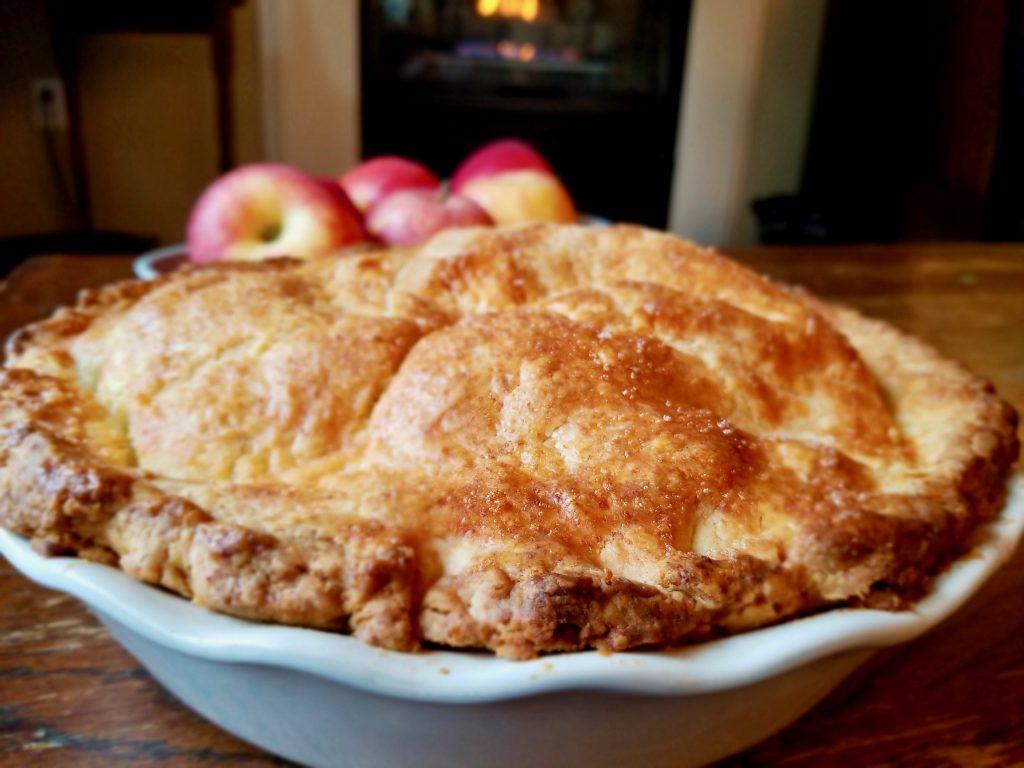stellar-gluten-free-deep-dish-apple-pie