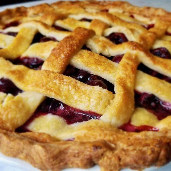 gluten-free-Flaky-Crust-Cherry-Pie