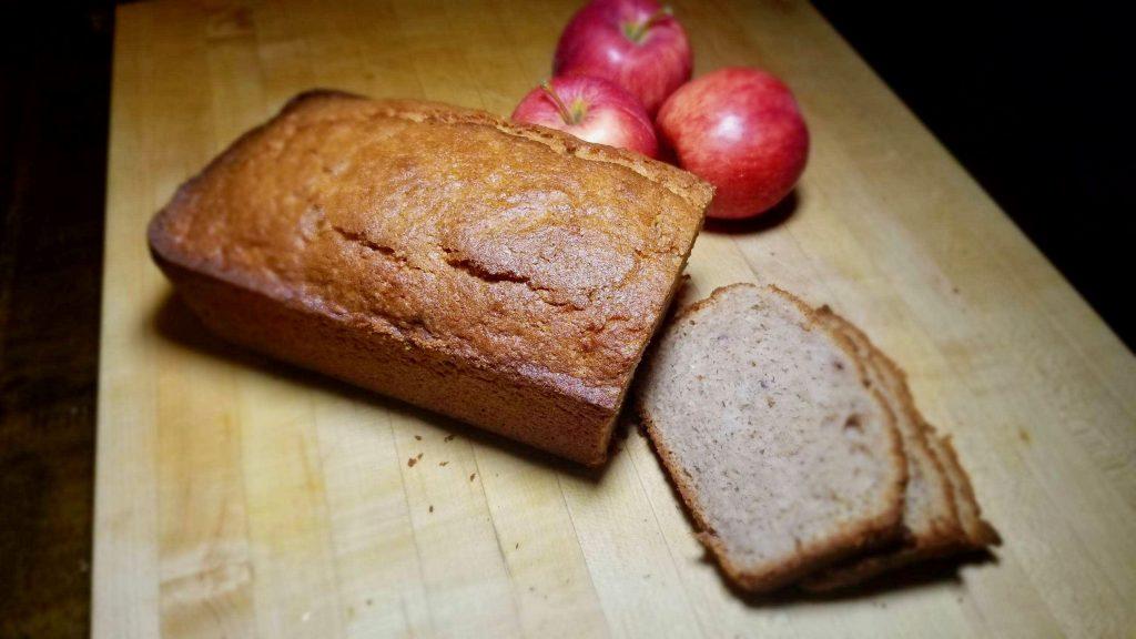 gluten-free-apple-cinnamon-quick-bread